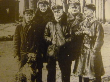 Manfred von Richthofen (centre) with members of Jasta 11, including his brother Lothar (back right) who finished the war on 40 victories, and his dog Moritz (front left) who finished the war on a disappointing 0, despite flying occasional sorties.